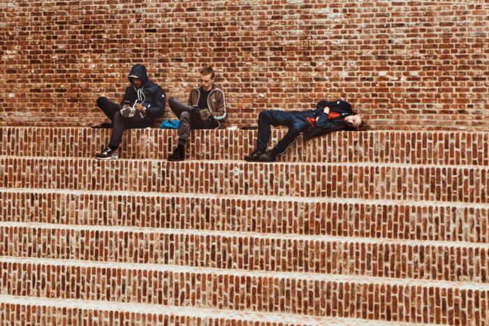 【病気になる?】大学生が昼間で寝てしまう深刻なリスク2つ